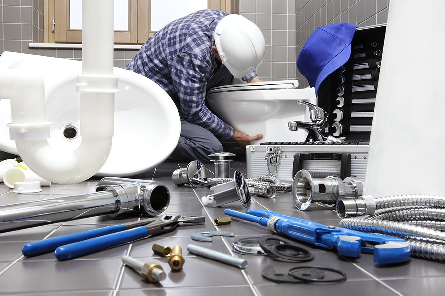 5 Things to Consider Before Hiring a Plumber